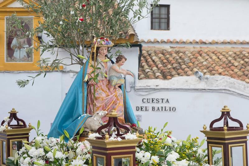 Procesión de la Divina Pastora por las calles de Córdoba