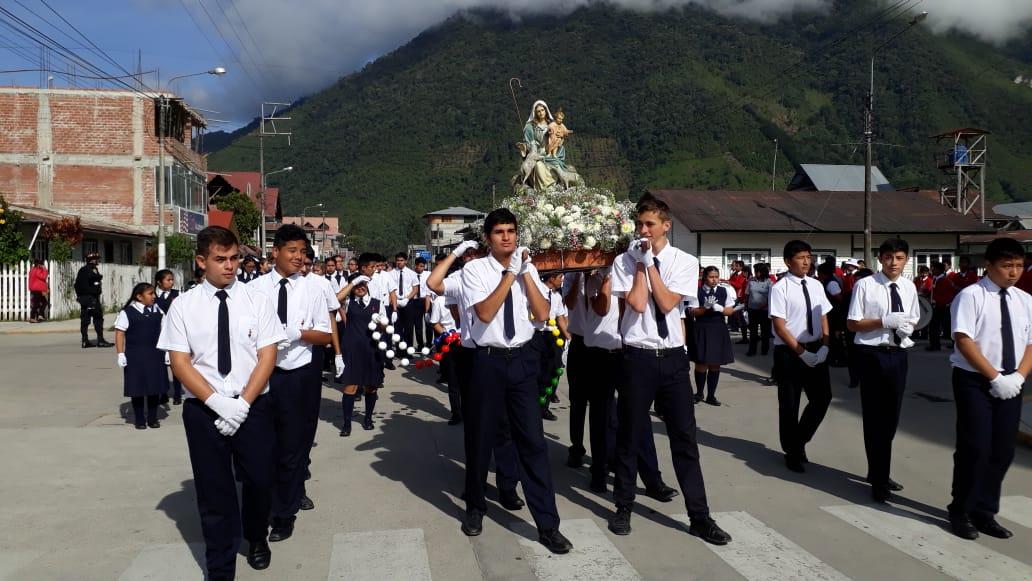 Homenaje a María Divina Pastora en Oxapampa