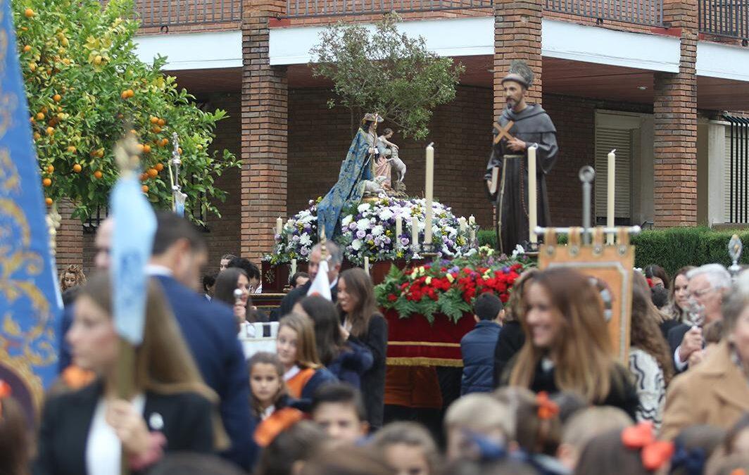 El Colegio de Córdoba cierra su centenario con la procesión de la Divina Pastora