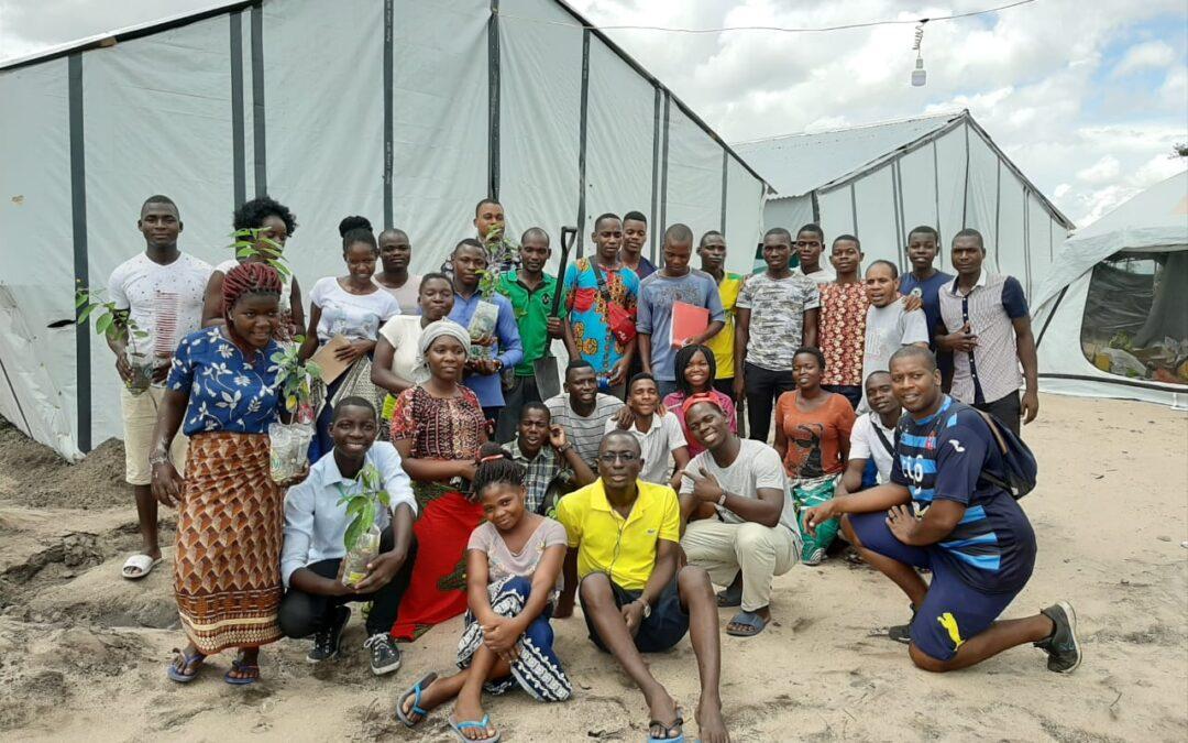 Beira: Encuentro con jóvenes en Mutua, asentamiento tras el ciclón Idai