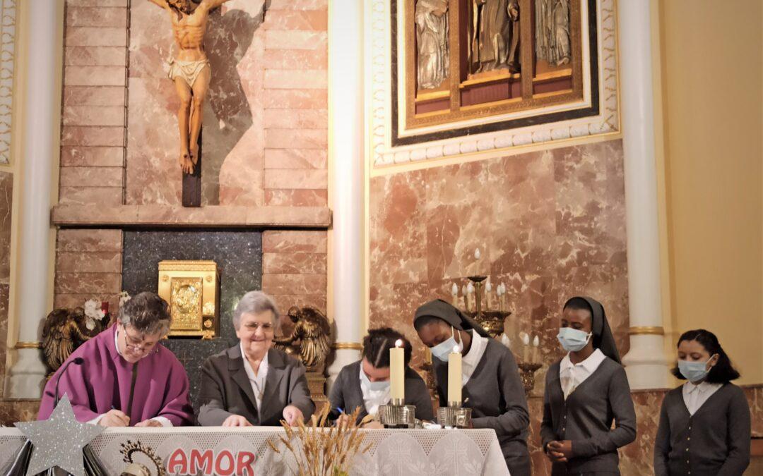 Profesión temporal de Alcira, Reina, Teresa y Joana