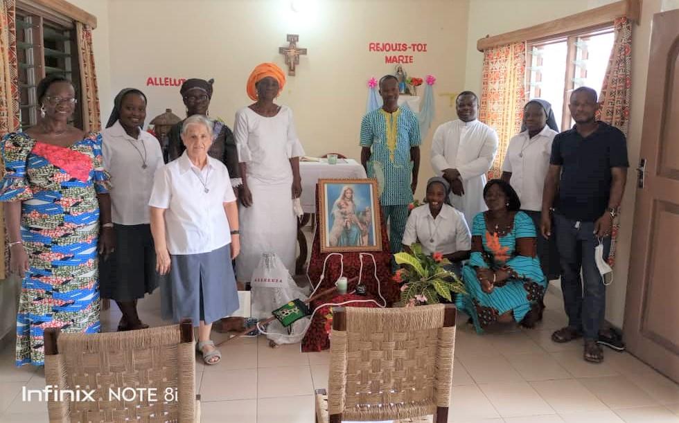 Celebración de la fiesta de la Divina Pastora en Cotonou, Benín