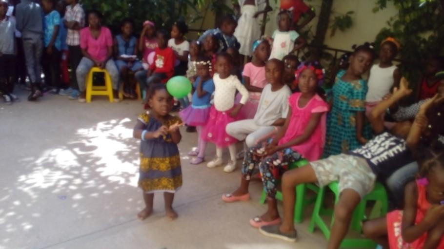 Celebración del Día del Niño Africano en Angola