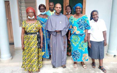 AMAM Benín: Retiro en familia carismática